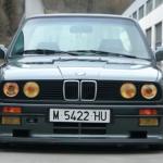 coche clasico bmw 325 e30